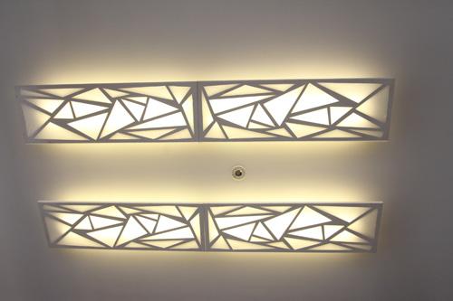 ガーデンライトやアプローチライトから放たれる優しい光で周りの雰囲気を穏やかにします